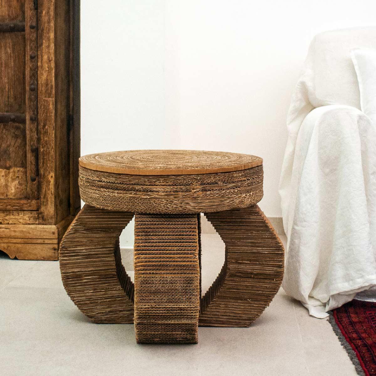 Alessandra Bray Stool Starter Cardboard Italiano Plurale artist