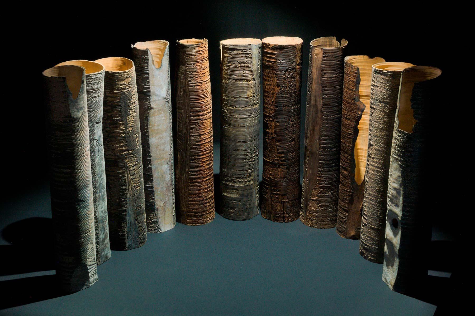 Sculptures Hammurabi wood walnut maple oxide titanium Lorenzo Franceschinis Italiano Plurale artist