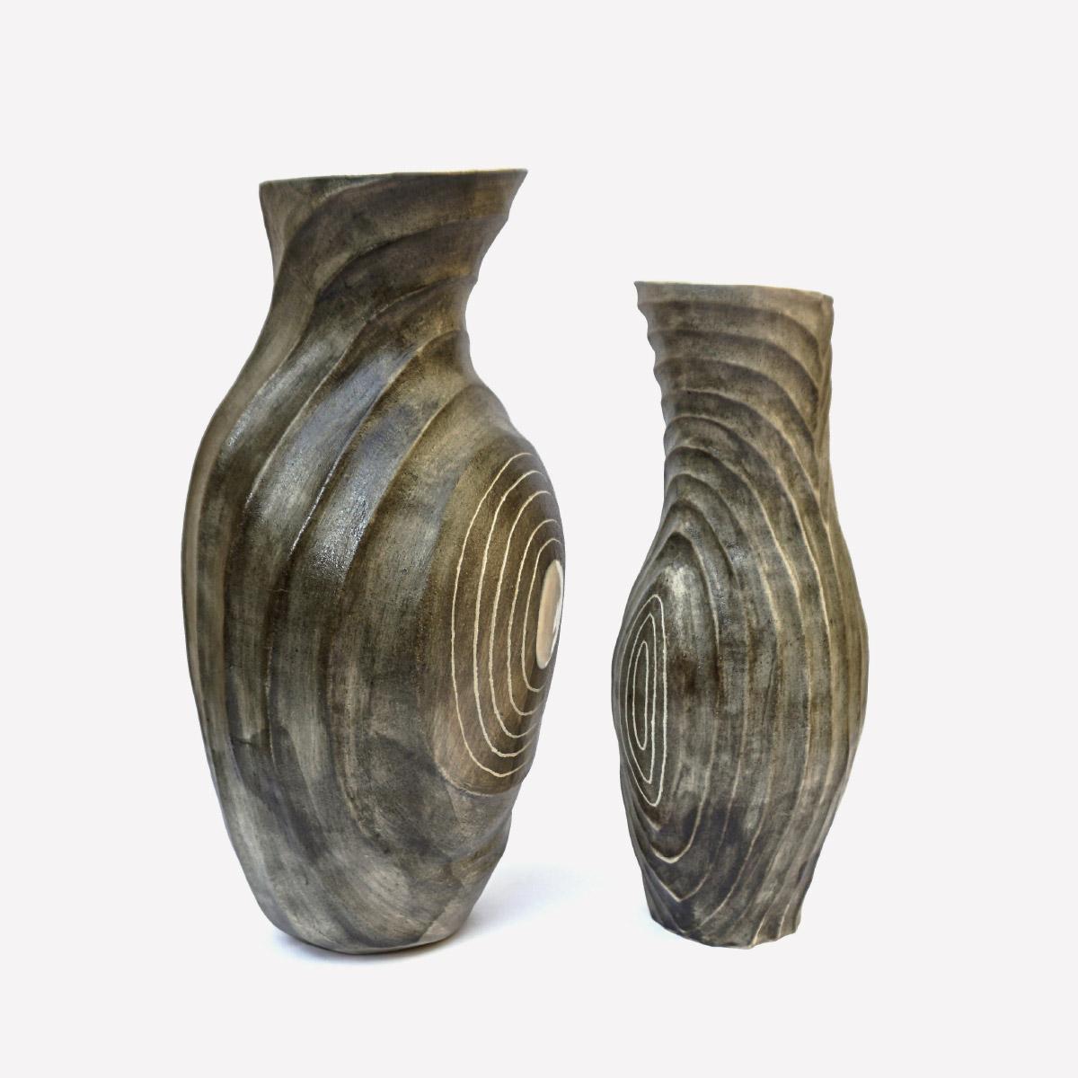 Vases Sisma Vases White Stoneware 1260 C Pinching and coiling Sara Federici