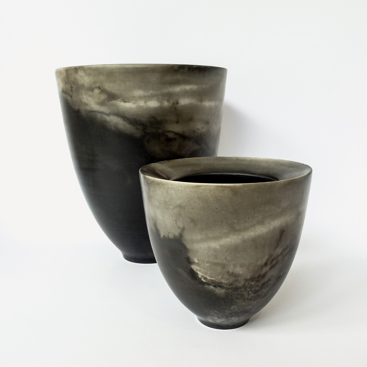 Vessel Wheelthrown stoneware porcelain smoke and pit fired Elena Arosio Italiano Plurale artist