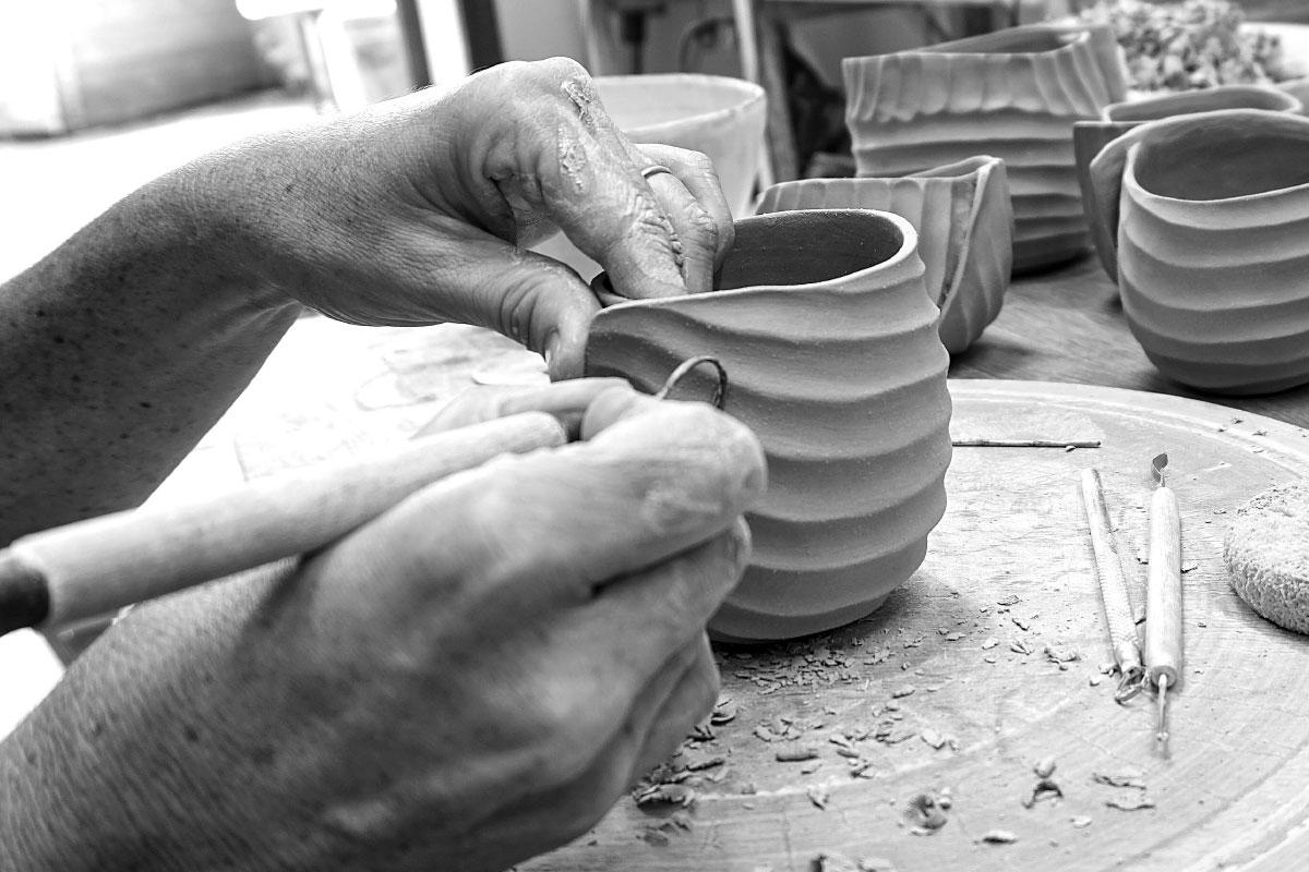 ceramic art handmade working details Sara Federici contemporary artist Italiano Plurale
