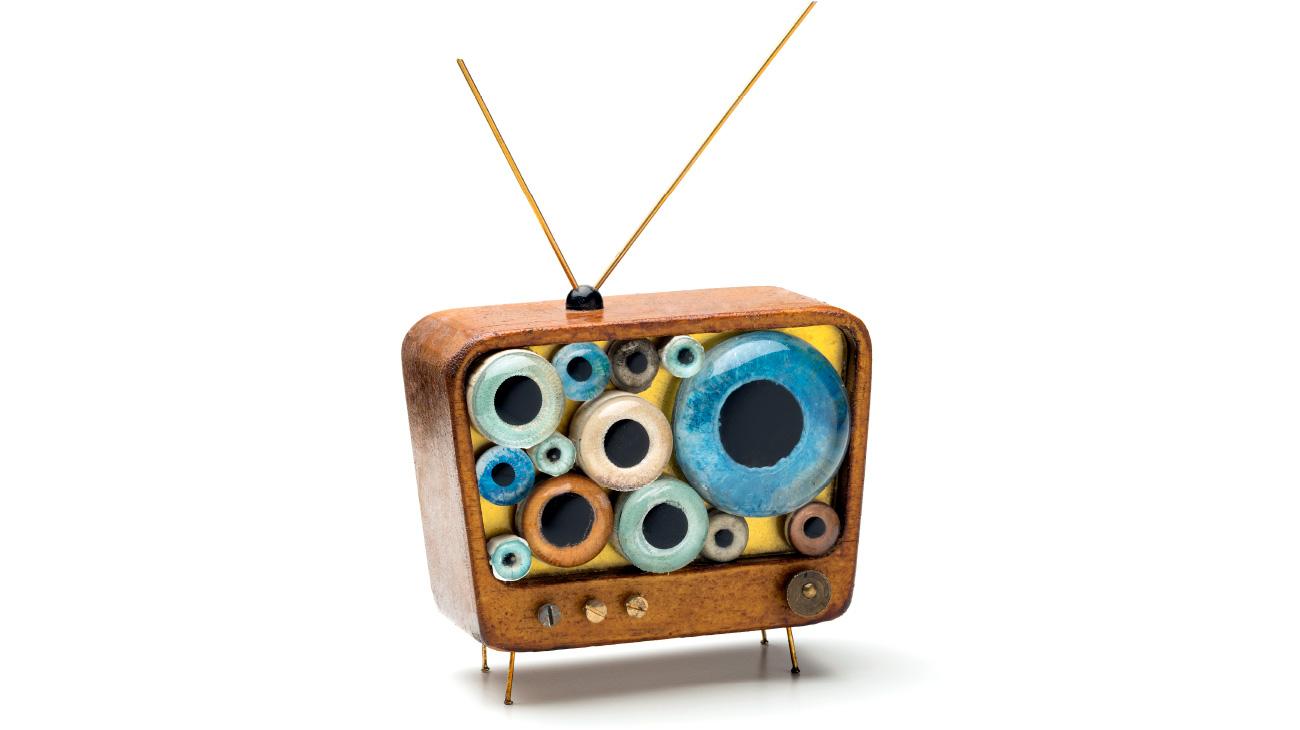 contemporary artist Stefano Prina Vintage wooden TV italiano plurale 3