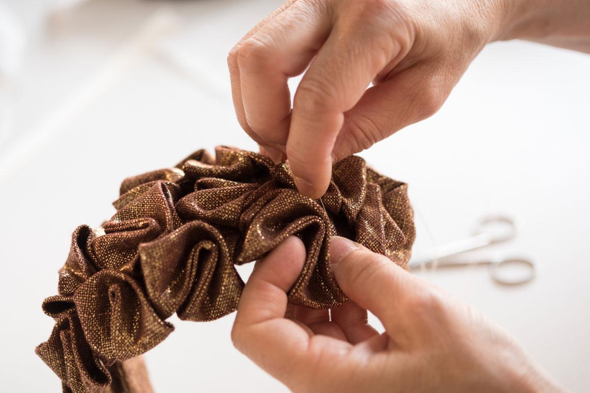 textile art handmade working details Veronica Innocenzi contemporary artist Italiano Plurale