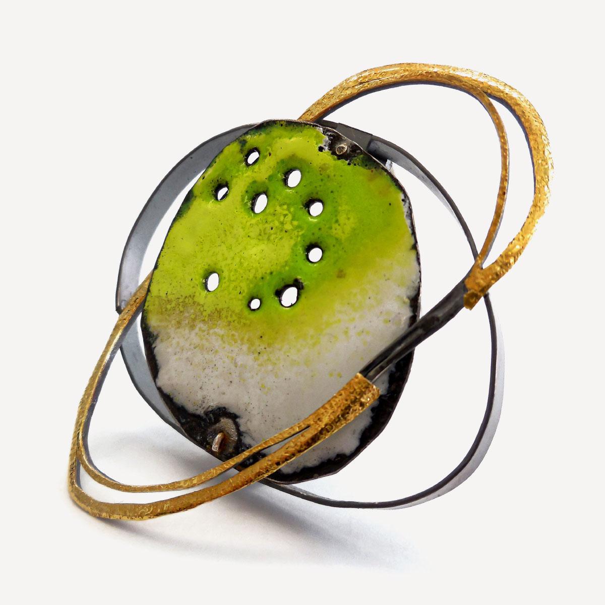 Brooch kosmos gold silver iron plate green enamel Giorgio Chiarcos Italiano Plurale artist